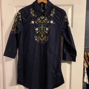 NWT navy embroidered tunic